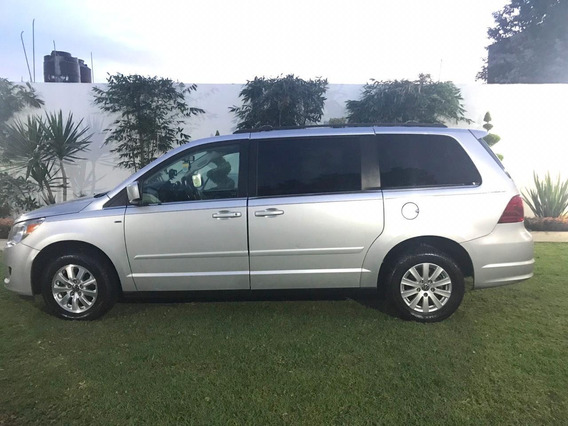 Volkswagen Routan 3.7 Prestige Tiptronic At 2009