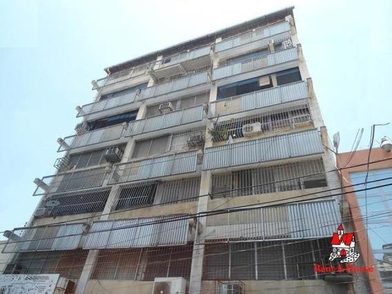 Dlc Apartamento Venta Centro Maracay Cod: 20-11497