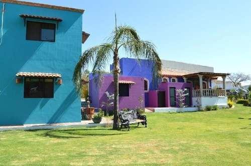 Casa De Campo Y Terreno En San Esteban, Colinda Con Las Cañadas, Zap.