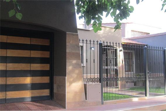 Casa En B° Agua Y Energía - Godoy Cruz - Mza