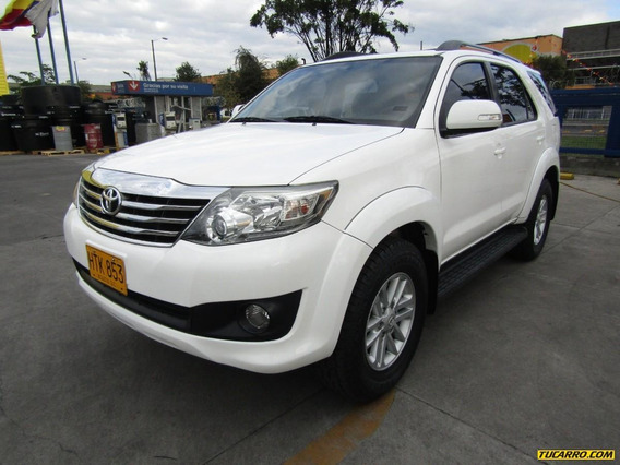 Toyota Fortuner Gasolina 2.7 4x2