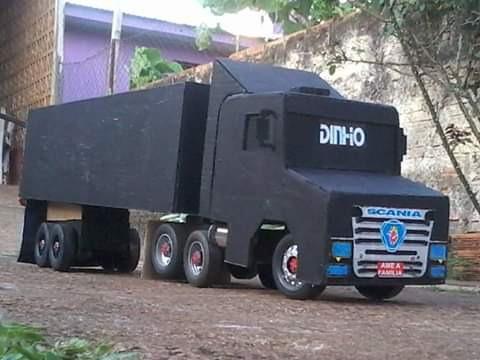Miniatura De Caminhão Scania 124