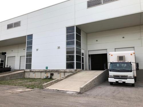 Imagen 1 de 10 de Bodegas Industriales Con Anden De Descarga Propio, Rampa De Acceso A La Bodega, Oficinas, Baños