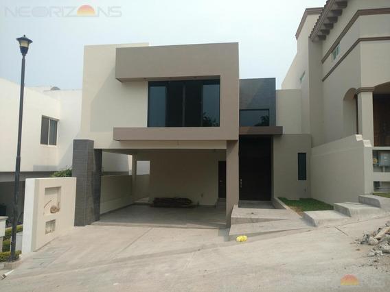 Casa En Venta En Tampico En Hacienda Del Rul