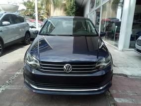 Volkswagen Vento Confortline L4/1.6 Man