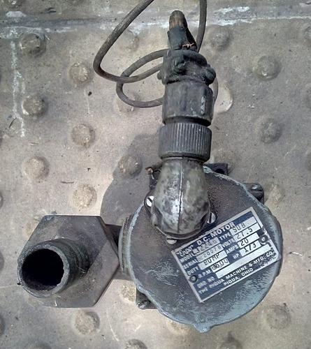 Imagen 1 de 4 de Bomba Achique 24 Volts A Revisar Made In Usa