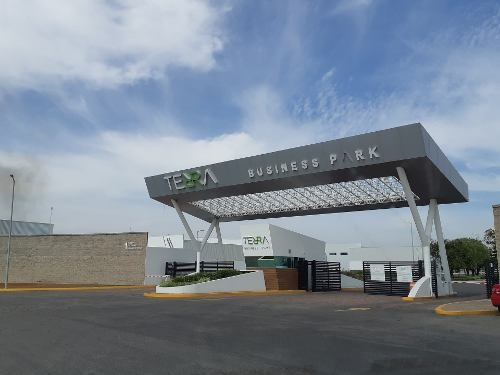 Estrena Y Renta Bodega Comercial Y De Servicios Dentro De Parque De Negocios