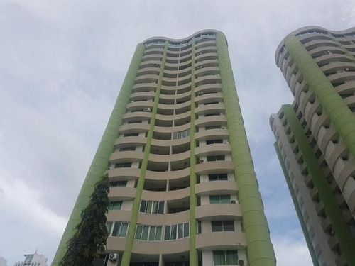 Alquiler De Apartamento En Ph Green Park, 18-3071
