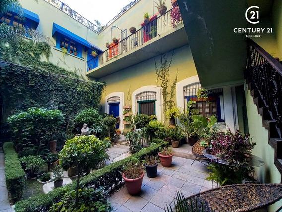 Casa Colonial Del Siglo Xviii Hermosamente Restaurada En El Carmen, Puebla.