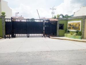 Townhouse Los Tamarindos San Diego Carabobo 19-16437 Yala