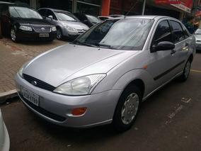 Ford - Focus 2.0 L Fc. 2002