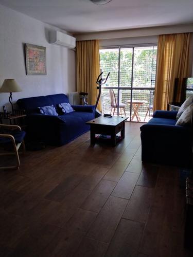 Apartamento 2 Dormitorios 2 Baños Impecable En Centro!!!