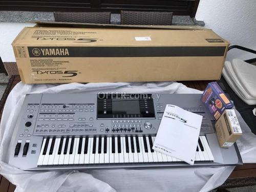 Imagen 1 de 3 de 101% Nuevo Yamaha Tyros 5 76 Keyboard Original