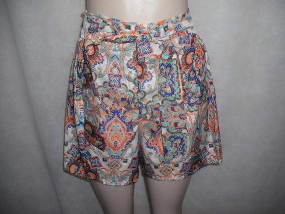 Shorts Colorido Curto Tecido Fino P Usado Bom Estado