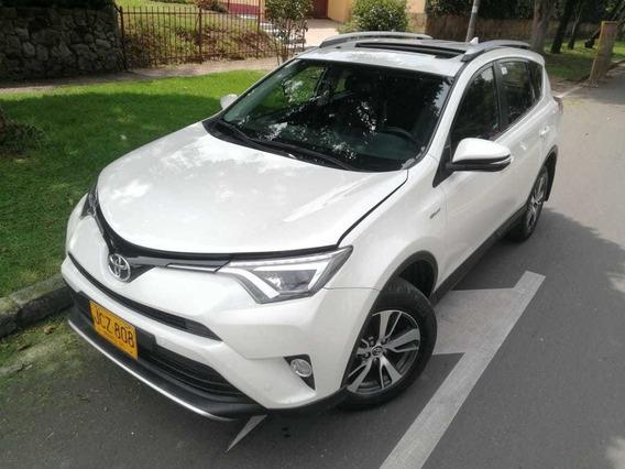Toyota Rav 4 Street 2017 Full