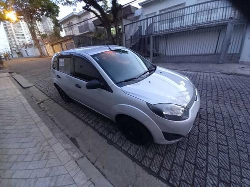 Imagem 1 de 6 de Ford Fiesta 2013 1.0 Flex 5p