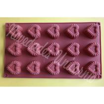 Molde De Silicon Corazones Ribeteado Chocolate Gelatina