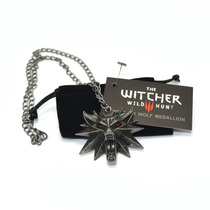 The Witcher 3 Collar Jinx Original Medallon Ps4 Videojuego