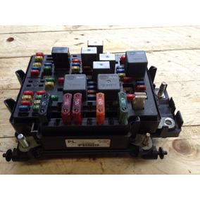 Caja Fusibles Motor Chevrolet Silverado Vortec 5.3 Mod 99-07