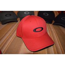 Gorras Oakley Originales En Medellin  e2a7d2dcfbf