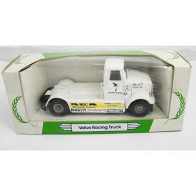 Corgi Mobil - Caminhão Volvo Racing Truck