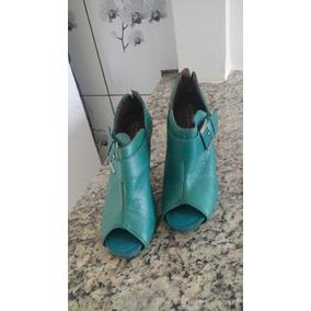 Sapatos Semi Novo
