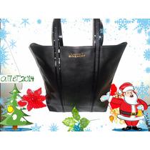 Cartera Givenchy Color Negro Elegante Original