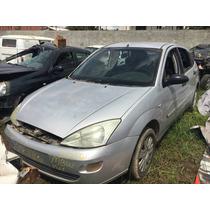 Guarnição De Porta Dianteira L.e Ford/focus1.8 16v 2001/2002