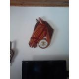 Relógio De Parede Em Formato Cabeça De Cavalo Em Madeira