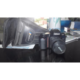 Camara Nikon F70