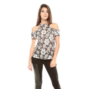 Franela Flores Negra Huecos Hombros Saints Clothes