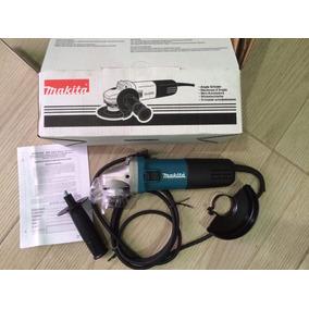 Mini Esmeriladora Makita Modelo 9557hn De 840w