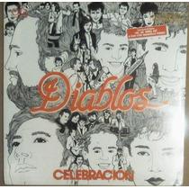 Los Diablos Y Manoella Torres. Celebracion. Sellado.