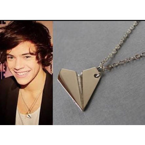 Collar Forma Avion De Papel One Direction
