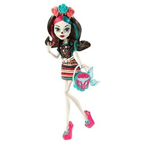 Monster High Monster Scaritage Skelita Calaveras Doll And Fa