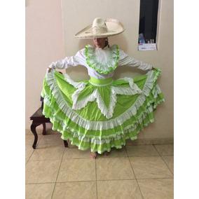 Vestido Escaramuza, Adelita, Charro. Verde Limón
