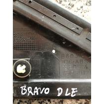 Moldura Do Para Lama Lado Esquerdo Fiat Bravo .