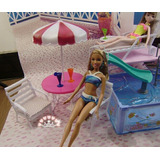 Piscina (tamaño Barbie)