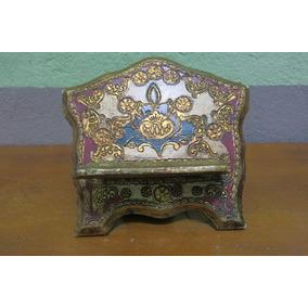 Porta Biblia Antigo De Madeira Trabalhada Pintada A Mao
