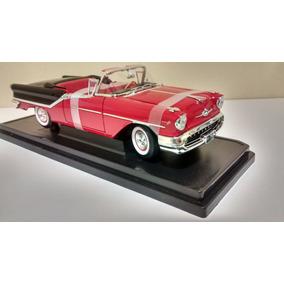 Miniatura Oldsmobile Super 88 1957 Especial 1:18 Yat Ming