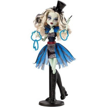 Boneca Monster High Freak Du Chic - Frankie Stein - Mattel