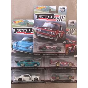 Hot Wheels Track Day Datsun