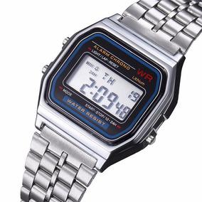 Reloj Digital Vintage Pulsera Metálica Color Cromado