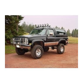 Chevrolet, Gmc, Cheyenne, Suburban, Frente Completo Para...