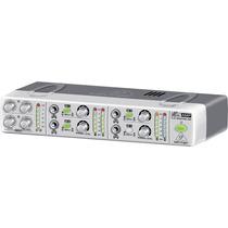 Amplificador Compacto De Audifonos Behringer Amp800