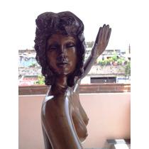 Lrc Escultura De Bailarina Desnuda Con La Pierna Estirada