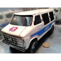 Ertl - Chevrolet Van De Hojalata Escala 1/18