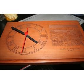 Reloj De Pared Bahía De Valparaíso 25,2 Cms X 15,2 Cms