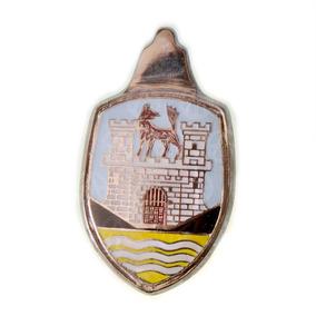 Blazon Emblema Cofre De Vw Sedan Vocho Blanco Y Amarillo 2