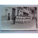Foto Postales Antiguas Soldados Marcha Calle